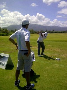 Angel 'Pato' Cabrera at the driving range
