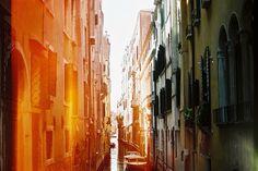 travelingcolors:  Venice | Italy (by Martin De Martin | Tumblr)