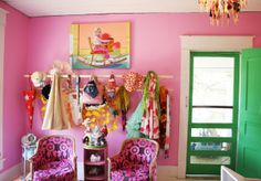 Elizabeth's Colorful and Adventurous House