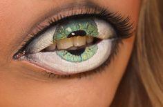 Nightmare fuel (eyeball lip art by Sandra Holmbom) this scared me!!!!