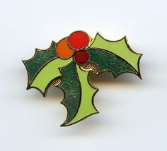 Vtg XMAS Holly Leaves & Berries Christmas Enamel Gold Tone Sml Brooch Pin Taiwan #Taiwan