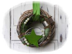 ★★ Türkranz Weihnachten ★★ von Floras creative Art auf DaWanda.com Christmas Advent Wreath, Christmas Crafts, Merry Christmas, Christmas Decorations, Xmas, Diy Wreath, Door Wreaths, General Crafts, All Holidays