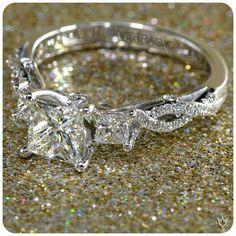 Verriago - 3 stone princess cut Diamond ring