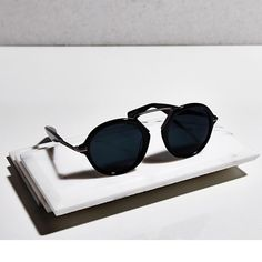 Yohji Yamamoto Eyewear returns with a new collection of unisex #sunglasses for #SS15.