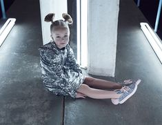 Discover Minna Parikka Mini, shoes for the wild kids. Silver Glitter, Occult, Baby Gifts, Powder, Mini, Face Powder, Supernatural, Silver Sequin, Baby Presents