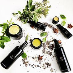 If you are at @cosmoprofbologna come and visit us to discover our products . We are at Pavilion 19, Stand K15, Green Prime Zone 💯🌿 • • • • • • • • • • • • • • • • • • • • • • • • • • • • Se siete a Cosmoprof passate a trovarci per scoprire i nostri prodotti . Siamo allo stand K15 nel Padiglione 19, Area Green Prime. Vi aspettiamo! 💯🌿 #bottegaorganica #bottegaorganicafarm #organicbeauty #organicliving #organiclifestyle #cosmoprof2018 #ecobeauty #beautybloggers #organicbeautyblogger…