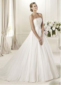 Amazing Organza  Tulle  Satin A-line Strapless Neckline Natural Waist Wedding Dress