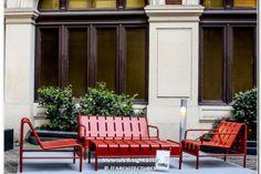 Pro Urba à Materials & Light - Hôtel Menier Paris les 26 & 27 avril 2017 Street Furniture, Outdoor Furniture Sets, Outdoor Decor, Porch Swing, Decoration, Foyer, Objects, Steel, Home Decor