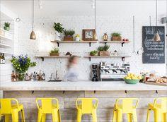 Amei essa inspiração de cozinha!! Lemon Yellow | Rue