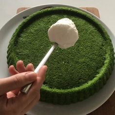 Her zaman yaptığım ve hiç bir zaman beni. Yokkk like this flavor - I have a spinach cake recipe that I always make and never mislead me? both practical and delicious? Chocolate Pastry, Chocolate Desserts, Chocolate Cake, Spinach Cake, Cake Recipes, Snack Recipes, Delicious Desserts, Yummy Food, Best Vegan Recipes