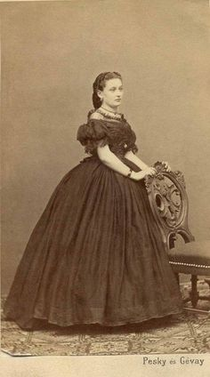 Great Women, Women In History, Disney Characters, Fictional Characters, Victorian, Disney Princess, Art, Art Background, Kunst