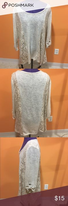 Sweater tunic with lace Lightweight sweater tunic. Has lace down both side. The sleeves have buttons so you can wear them long or button them up to be a little shorter. Super cute and comfy. Has minimal pilling but other than that in great condition. Cal Style USA Tops Tunics
