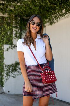 How to style a classic white polo shirt accessories so heath White Polo Outfit Women, Polo Outfits For Women, Polo Shirt Women, Clothes For Women, Polo Shirt Outfit Women's, Polo Shirt Style, Layering Outfits, Casual Outfits, Hippie Style