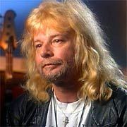 Lynyrd Skynyrd's Leon Wilkeson Dies - MTV