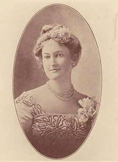Today's Throwback Thursday is in honor of Women's History Month.   In 1895, the General Assembly passed legislation directing the University of South Carolina to grant women admission. Frances Guignard Gibbes, pictured here, was the first woman to attend the university.   Check out all of the events celebrating Women's History Month at USC: http://www.sa.sc.edu/wss/calendar  Photo from the USC Archives.