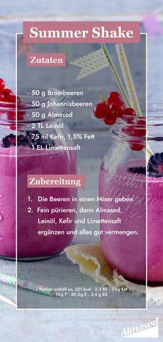 Schon unseren herrlich fruchtigen Shake der Woche probiert? 💕 Die dunklen Beeren darin sind kleine Vitaminbomben – aber echte Leichtgewichte, wenn es um Zucker geht. Und: Almased bietet dabei die ideale Nährstoffkombination mit einem hochwertigen Mehrkomponenten-Protein. #almased #shakerezepte #rezeptideen #shakeit #beerenshake #sommershake