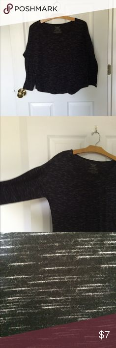 """Dolman sleeve t-shirt This is a heathered black, white, and gray top. It has a scoop neck, bat wings, and a curved hem which makes the leg look longer. It's asize small which Walmart thinks is 4-6, I've been a size 9 and wore it. Armpit to armpit it is 21.5"""", it is 22"""" long. It's a great top to wear with jeans, or to lounge in. Yes it's Faded Glory and you could buy it at Walmart, buying from each other keeps our money rotating in our hands, not a store's bank account.😀 Faded Glory Tops…"""