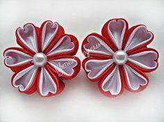 Цветы из лент канзаши Flowers of the tapes kanzashi мастер класс DIY - YouTube