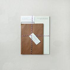 market m* | la distribution du courrier.