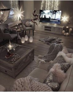 10 Comfortable and Cozy Living Rooms Ideas You Must Check! - Interior Remodel - Irene - 10 Comfortable and Cozy Living Rooms Ideas You Must Check! - Interior Remodel Most comfortable and cozy living room ideas - Cozy Living Rooms, Home And Living, Simple Living, Modern Living, Modern Room, Living Room Goals, Cosy Grey Living Room, Living Room Decor Elegant, Glam Living Room