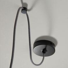 Diy Luminaire, Ceramics, Interior Design, Deco, Lighting, Ceramic Lamps, Family Photo Walls, Cool Ideas, Plugs