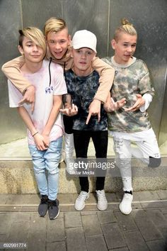 UK pop duo and teen stars Bars & Melody (Leondre Devries, Charlie Lenehan) and norwegian twin brothers pop duo and teen stars Marcus & Martinus Photo Session on June 2017 in Berlin, Germany. Bars And Melody, Twin Boys, Twin Brothers, Love Twins, Teen Guy, My Future Boyfriend, Big Love, Hot Boys, Fashion Clothes