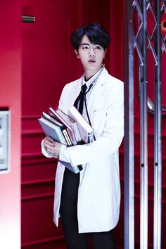 #방탄소년단 <#쩔어> Concept photo - #Jin @ more photos  (https://www.facebook.com/bangtan.official …)