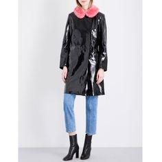 Shrimps Hokus faux-fur collar PVC coat (1.353.520 COP) ❤ liked on Polyvore featuring outerwear, coats, shrimps coat, slim coat, collar coat, long sleeve coat and slim fit coat