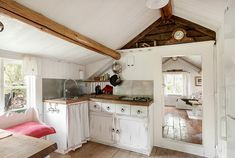 incredible rustic Swedish home Kitchen Styling, Kitchen Decor, Attic Design, Swedish House, Shabby Chic Farmhouse, My Dream Home, Country Kitchen, Small Living, Interior Inspiration