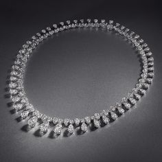 Diamond Necklaces : Image Description An elegant necklace – articulated with an invisible platinum setting to ensure each diamond achieves maximum scintillation by Graff Diamonds Graff Jewelry, Luxury Jewelry, Diamond Jewelry, Jewelery, Diamond Necklaces, Jewelry Accessories, Jewelry Design, Fantasy Jewelry, Beautiful Necklaces