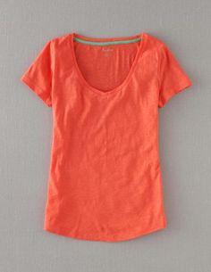 Ich habe das auf @BodenDirect entdeckt. Leichtes Shirt mit V-Ausschnitt Guave