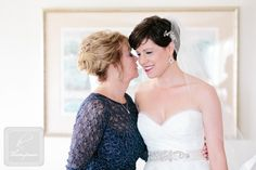 Photography » k. thompson photography blog | Who says you have to grow your hair out for the wedding day?  Lovin' the short do, styled by Sonia.