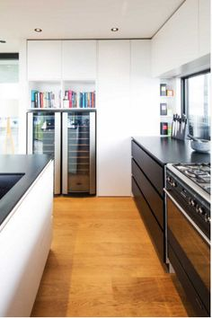 www.boxliving.co.nz - oh look, another awesome kitchen idea.  Giant oven/stove!!! Love.