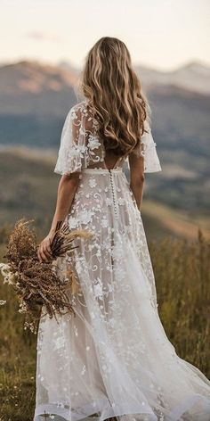 Wedding Dresses Vintage Sleeves rustic wedding dresses a line with cap sleeves floral lace country anna campbell.Wedding Dresses Vintage Sleeves rustic wedding dresses a line with cap sleeves floral lace country anna campbell Beach Style Wedding Dresses, Rustic Wedding Dresses, Wedding Dress Trends, Gown Wedding, Wedding Venues, Wedding Ideas, Simple Country Wedding Dresses, Vintage Boho Wedding Dress, Lace Sleeve Wedding Dress