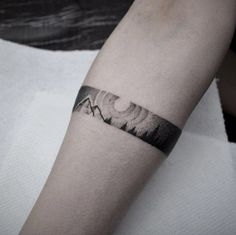 Armband Tattoo Design by Taras Shtanko