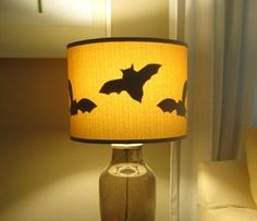 from 16 Awesome Homemade Halloween Decorations template:  http://www.marthastewart.com/sites/files/marthastewart.com/images/content/web/pdfs/pdf1/1005_creepymice.pdf