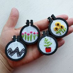 Tiny 3D printed embroidery hoops. @alivelyhope on Instagram