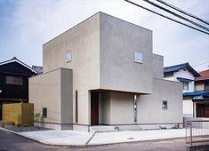 グレーの箱の家 - 株式会社コラボハウス一級建築士事務所・松山市【いえひめ】 Japan Architecture, Architecture Design, Fredrikstad, Ehime, Outdoor Life, Outdoor Decor, Sweet Home, Exterior, House Design
