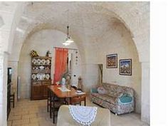 Another trullo room.