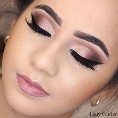 Discover These Makeup Techniques Image 3064 Entdecken Sie diese Make-up-Techniken Image 3064 Wedding Eye Makeup, Wedding Hair And Makeup, Bridal Makeup, Makeup For Brides, Formal Eye Makeup, Dramatic Wedding Makeup, Smokey Eye Makeup, Eyeshadow Makeup, Mauve Makeup