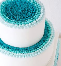 Cake in shades of Tiffany Blue