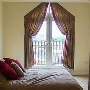 Trapezoid curtains