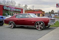 1971 Chevrolet Chevelle 5 star painted spoke wheels