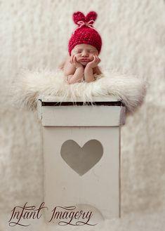 Little Sweet Heart Hat Crochet Pattern   PDF by MelodysMakings