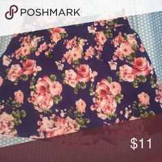 Floral skater skirt Never worn before and no rip tears or stains. From a smoke free household! Can be work high waisted. Forever 21 Skirts