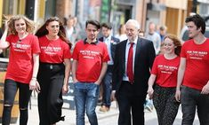 Jeremy Corbyn with students in Hull during the 2017 election campaign.