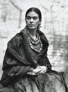 Frida Cahlo ! Classic !