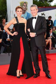Торжество консерватизма: наряды гостей Венецианского кинофестиваля