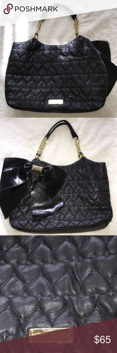 Black Betsey Johnson Bag Cuteeeee Black Betsey Johnson quilted Large Purse! Pretty black bow on back of bag. Dimensions are 18 x 10, includes Betsey Johnson charm on zipper.  Make me an offer :) Betsey Johnson Bags Totes