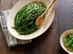 Haricots Verts with Rosemary Recipe : Daisy Martinez : Food Network Thanksgiving Vegetable Sides, Best Thanksgiving Side Dishes, Thanksgiving Recipes, Christmas Recipes, Thanksgiving Post, Vegetarian Thanksgiving, Christmas Eve, Cooking Channel Recipes, Rosemary Recipes
